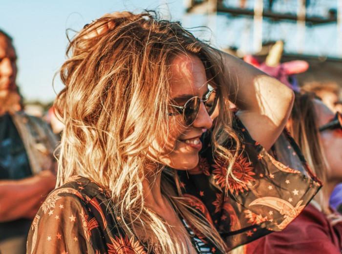 Nainen rockfesteillä